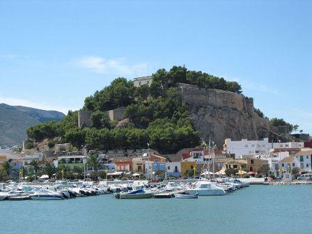 Castillo de Denia y puerto