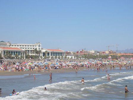 Playa y Balneario de Las Arenas