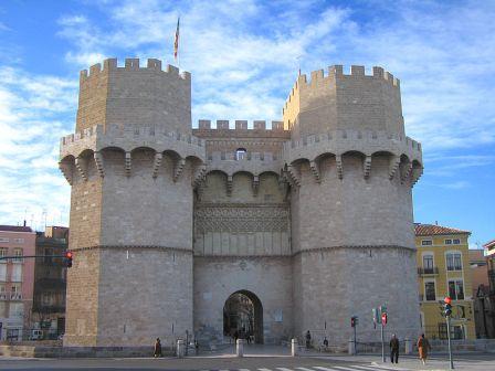 Vista de las Torres medievales de Serranos